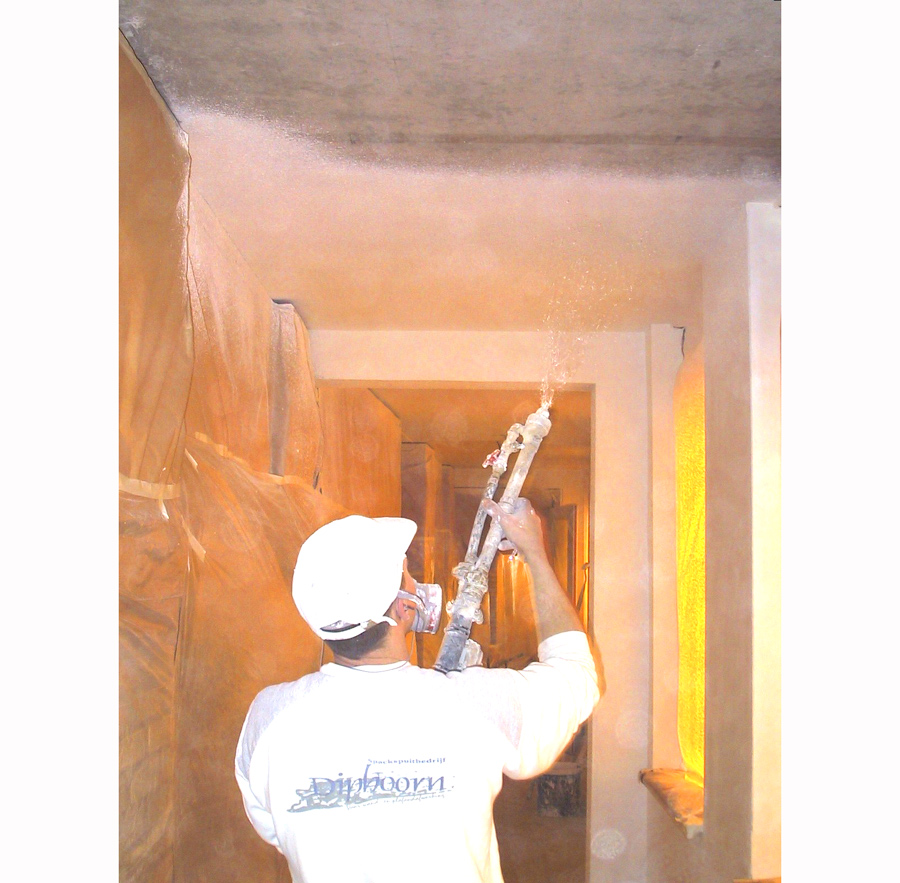 Plaster spraying [2]